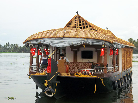 GREENLAND KERALA TOUR PACKAGE DELUXE